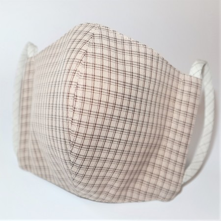 東郷オリジナル/夏大島シルクのクールマスク(モカチェック)